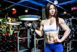 Các cô gái cơ bắp cố xóa sự kỳ thị ngoại hình