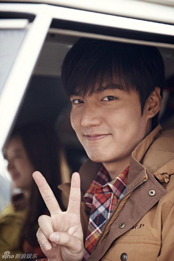 Lee Min Ho bị đào mộ loạt ảnh thời còn phèn: Mặt rỗ, gầy gò, style như Khá Bảnh-4
