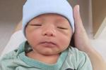 Bé sơ sinh bị bỏ rơi ở hố ga giữa trời nắng 40 độ: Đôi mắt đã hé mở, vẫn phải điều trị viêm ruột-3