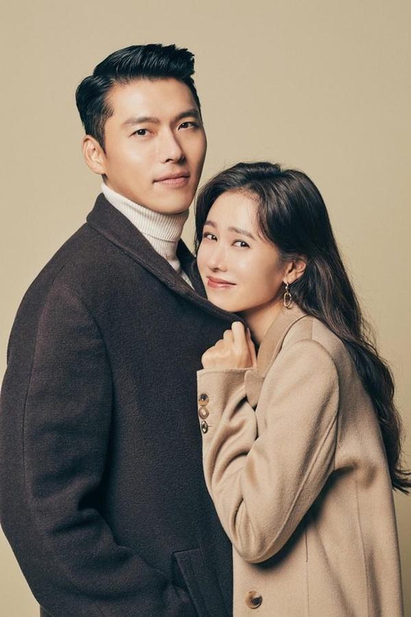 Cách Hyun Bin ứng xử với chuyện yêu Song Hye Kyo và Son Ye Jin-1