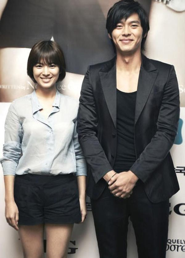 Cách Hyun Bin ứng xử với chuyện yêu Song Hye Kyo và Son Ye Jin-2