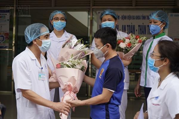 Bệnh nhân COVID-19 cuối cùng tại Thái Bình khỏi bệnh, Việt Nam chữa khỏi 321 ca-1