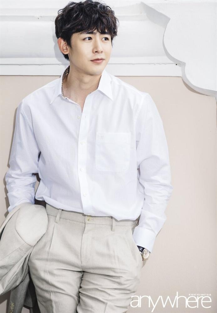 10 nam ca sĩ Kpop xuất thân từ gia đình giàu có: Làm idol vì đam mê đây rồi!-9