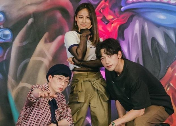 Bi Rain nhảy tình tứ với Lee Hyori, fan lo Kim Tae Hee ghen-2