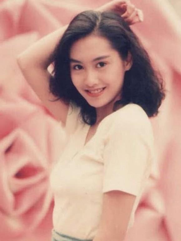Tình cũ Châu Tinh Trì Chu Ân lộ vòng 2 lùm lùm, nghi vấn mang thai ở tuổi 49-6