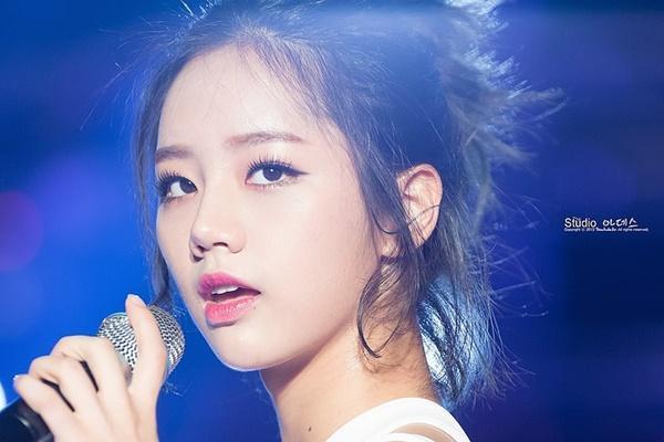 Yoona và những thần tượng hát live dở tệ-3