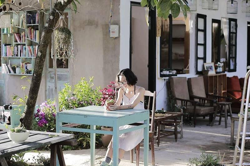 Đi tìm hoài niệm tại những quán cafe đậm chất retro ở Đà Lạt-5