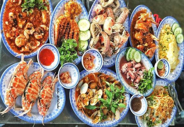 Gọi tên 5 quán hải sản ngon quên lối về ở Đà Nẵng-1