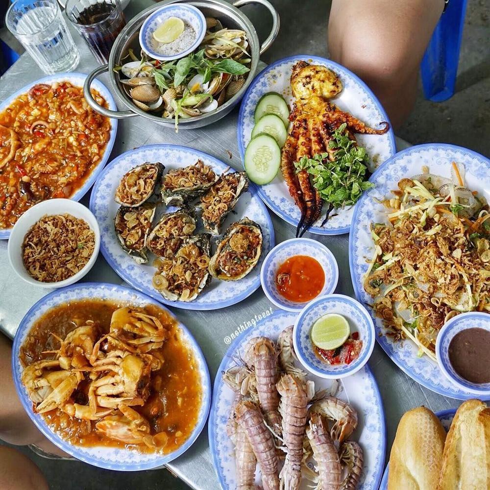 Gọi tên 5 quán hải sản ngon quên lối về ở Đà Nẵng-2