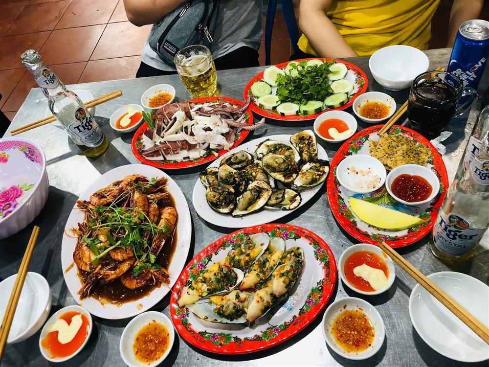 Gọi tên 5 quán hải sản ngon quên lối về ở Đà Nẵng-3