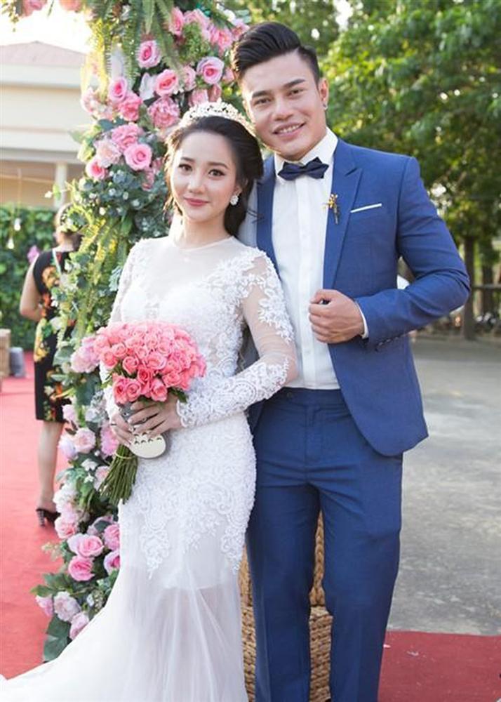 Vợ Lê Dương Bảo Lâm: Hotgirl xinh đẹp tình nguyện làm người đàn ông cho chồng-1