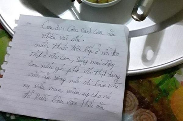 Mâm cơm giản dị chỉ với một món mặn, nhưng dòng chữ mẹ nhắn gửi khiến dân mạng rưng rưng-3