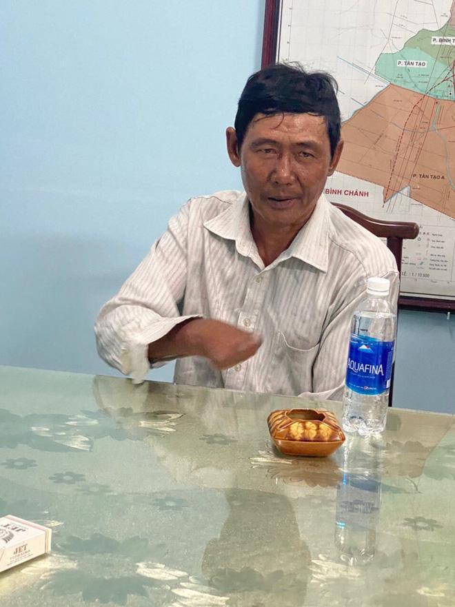 Kế hoạch giết người dã man của gã đàn ông đốt nhà khiến 3 người chết ở Sài Gòn: Rút xăng từ xe máy, lấy bùn be bờ để phóng hỏa-1