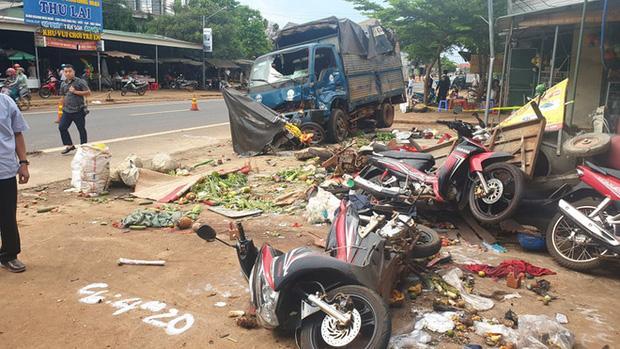 Khởi tố vụ xe tải lao vào chợ ở Đắk Nông khiến 10 người thương vong-2