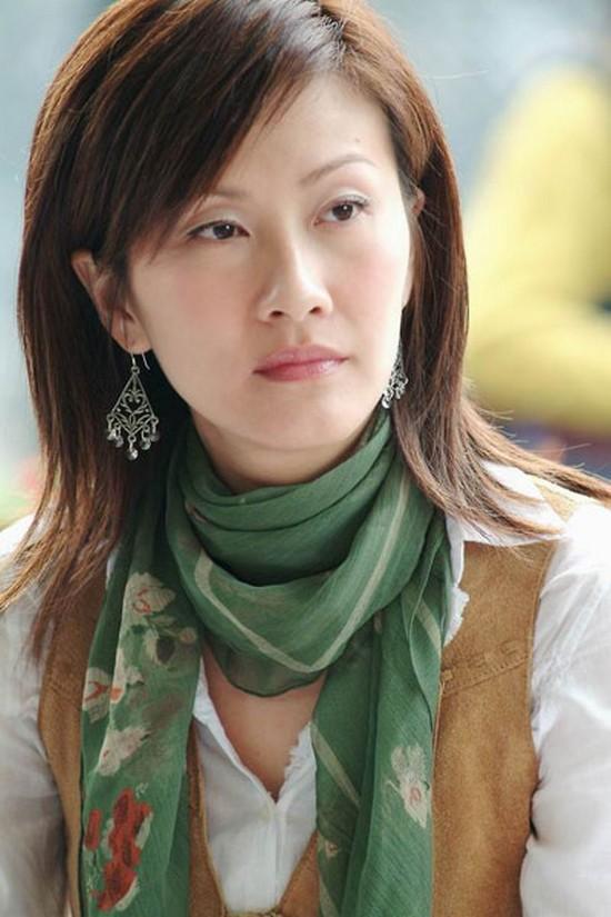 Phận đời 3 mỹ nhân TVB cùng tên San: người gồng gánh gia đình, kẻ công khai đồng tính-1