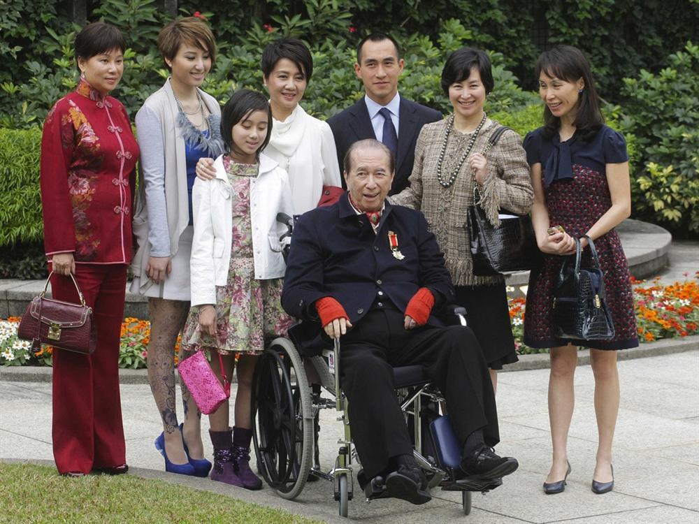 Vua sòng bạc Macau - minh chứng chế độ 1 chồng nhiều vợ ở châu Á-1