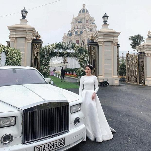 Dân mạng xuýt xoa nhan sắc nữ chủ nhân tòa lâu đài 7 tầng to vật vã ở Nam Định-1