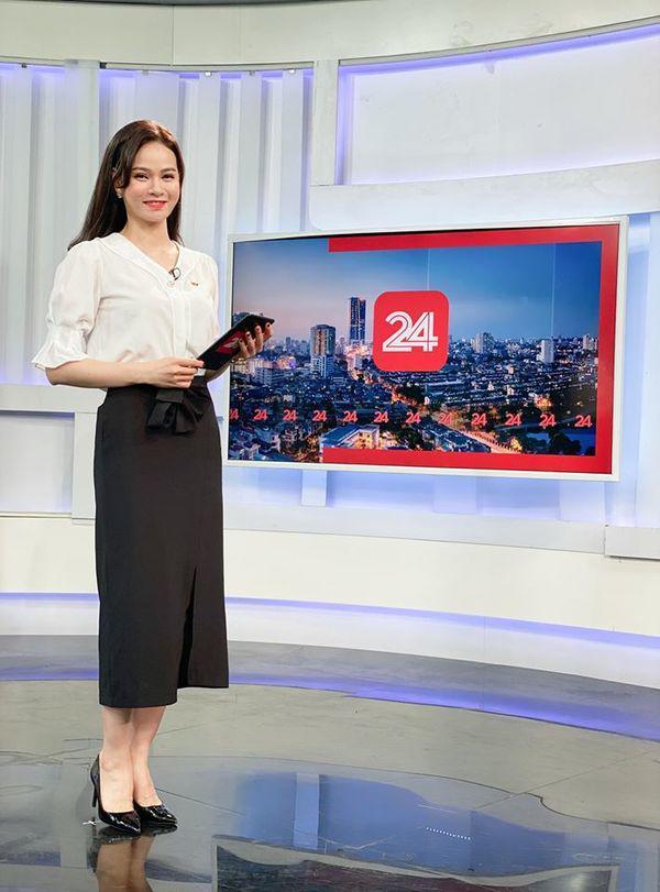 Quyết định cắt tóc mái mưa, đây có lẽ là nữ BTV giỏi giấu tuổi nhất nhà đài VTV-4