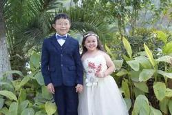 Cô dâu cao 1m2, bố mẹ tưởng không bao giờ lấy được chồng, nhìn chú rể lại càng bất ngờ