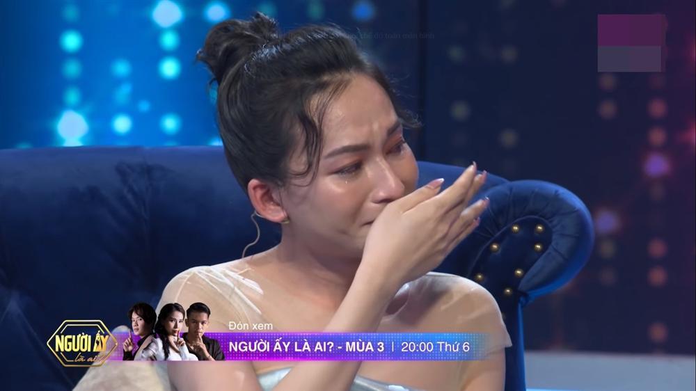Nữ chính Người Ấy Là Ai chuyển giới, từng ngồi khóc trước cửa nhà Hương Giang-4