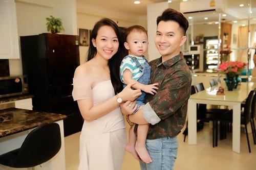 Câu lạc bộ sao nam Vbiz lấy vợ sinh con vẫn bị nghi ngờ bóng kín-5