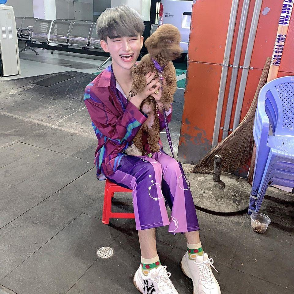 Thảm họa Trần Đức Bo nghiện diện váy bó sát tạo dáng khoe vòng 3 phản cảm-1