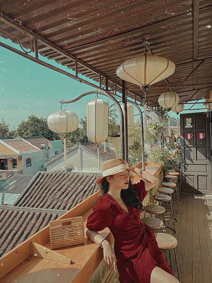 Chill một chút ở 3 quán cà phê nóc nhà, ngắm toàn cảnh Hội An-3