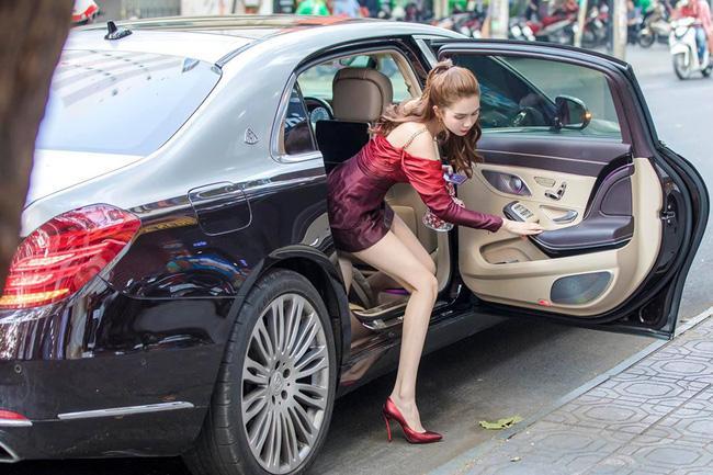 TIN ĐƯỢC KHÔNG: Ngọc Trinh tiết lộ doanh thu 1,4 - 4 tỷ đồng/ngày-1