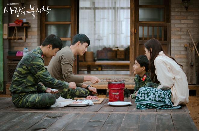 Xôn xao thông tin địa điểm huyền thoại của mối tình Son Ye Jin và Hyun Bin trong Crash Landing On You đã bị phá bỏ-1