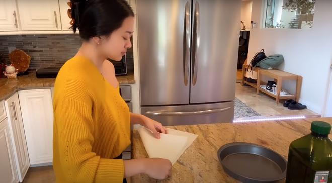 Con gái xinh đẹp và bạn trai Tây cao 1m92 chiếm spotlight trong vlog của MC Nguyễn Cao Kỳ Duyên-3