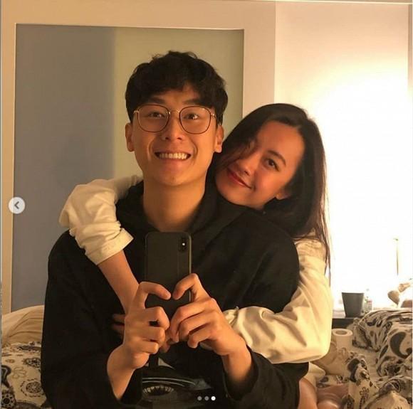 Dù bận rộn, Rocker Nguyễn không quên đi hẹn hò và gửi lời cực tình đến bạn gái-7