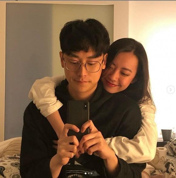 Dù bận rộn, Rocker Nguyễn không quên đi hẹn hò và gửi lời cực tình đến bạn gái-8
