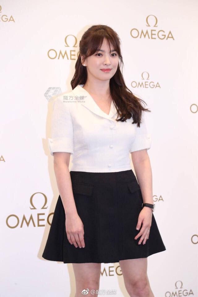 Bảo quốc nhan sắc nhưng không ít lần Song Hye Kyo bị chê vừa già vừa xấu trên thảm đỏ quốc tế-7