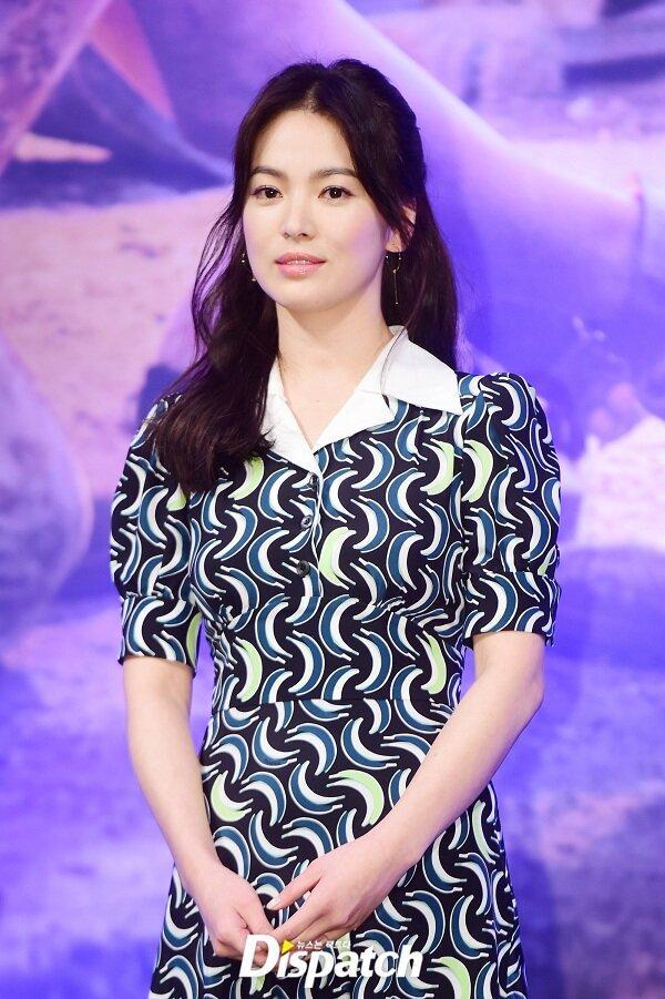 Bảo quốc nhan sắc nhưng không ít lần Song Hye Kyo bị chê vừa già vừa xấu trên thảm đỏ quốc tế-8