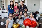 Trương Ngọc Ánh và Trần Bảo Sơn bên nhau trong tiệc của con gái