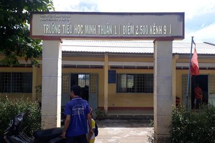 Thầy giáo 'sàm sỡ' 2 nữ sinh tiểu học tại nhà vệ sinh và cuộc 'ngã giá' 100 triệu đồng