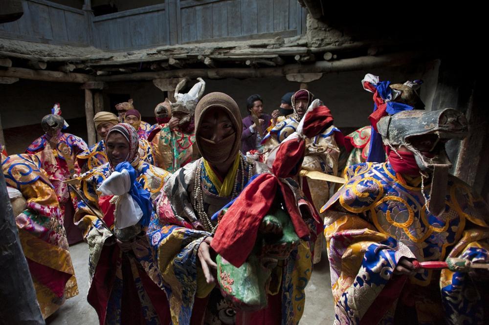Vương quốc ẩn khuất trên dãy Himalaya, nơi phụ nữ lấy nhiều chồng-8