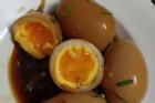 Chi tiền 'khủng' mua quà hàng hiệu để lấy lòng mẹ bạn trai, cô gái vẫn bị chê ỏng eo vì quả trứng!