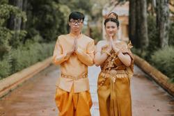 Lớp học chụp ảnh kỷ yếu tái hiện trang phục các dân tộc Việt Nam