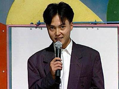 Hình ảnh ngố tàu thuở mới vào nghề của MC Anh Tuấn khiến dân tình chẳng tiếc một nút like-10