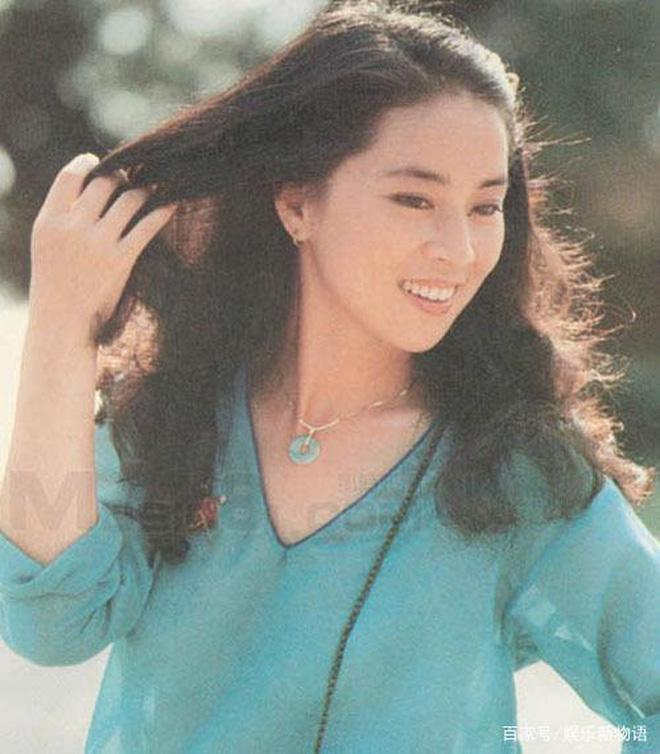 Lâm Phụng Kiều: Ảnh hậu thành vợ bí mật của Thành Long, 17 năm nhẫn nhục chồng ngoại tình và chiếc nhẫn không vừa tay-7