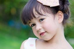 Bé gái được khen 'đẹp nhất Thái Lan' 6 năm trước giờ ra sao
