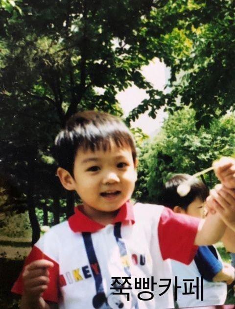 Ảnh đẹp từ trứng của Jungkook BTS chứng minh mỹ nam sinh ra phải làm người nổi tiếng-9