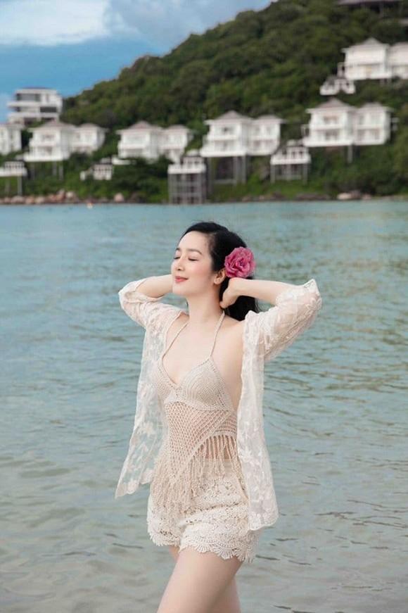 Body nuột nà của Hoa hậu Đền Hùng Giáng My khi diện bikini ở tuổi 49-4