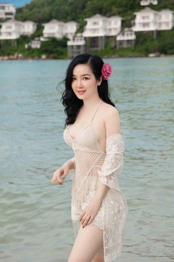 Body nuột nà của Hoa hậu Đền Hùng Giáng My khi diện bikini ở tuổi 49-6