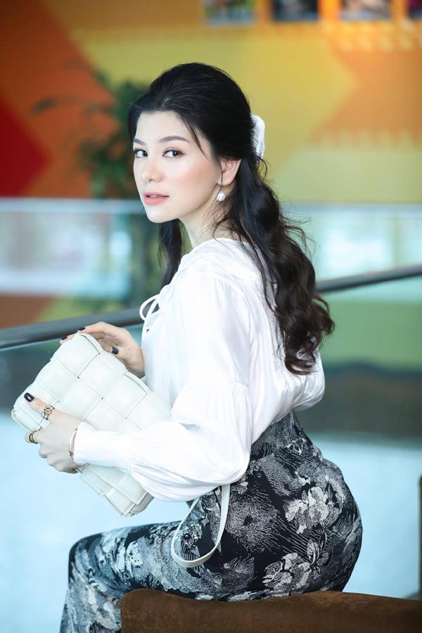 Nhan sắc tươi tắn dịu dàng của người đẹp Mia Mai-1