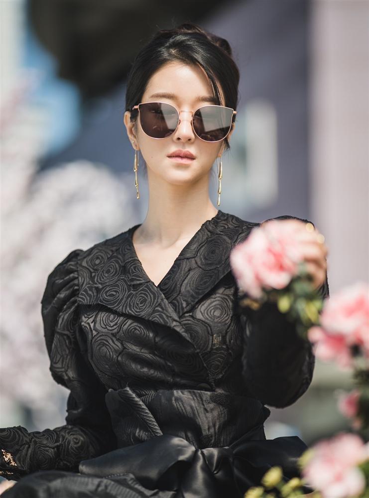 Mỹ nhân Điên thì có sao Seo Ye Ji lộ ảnh cũ khác xa một trời một vực-5