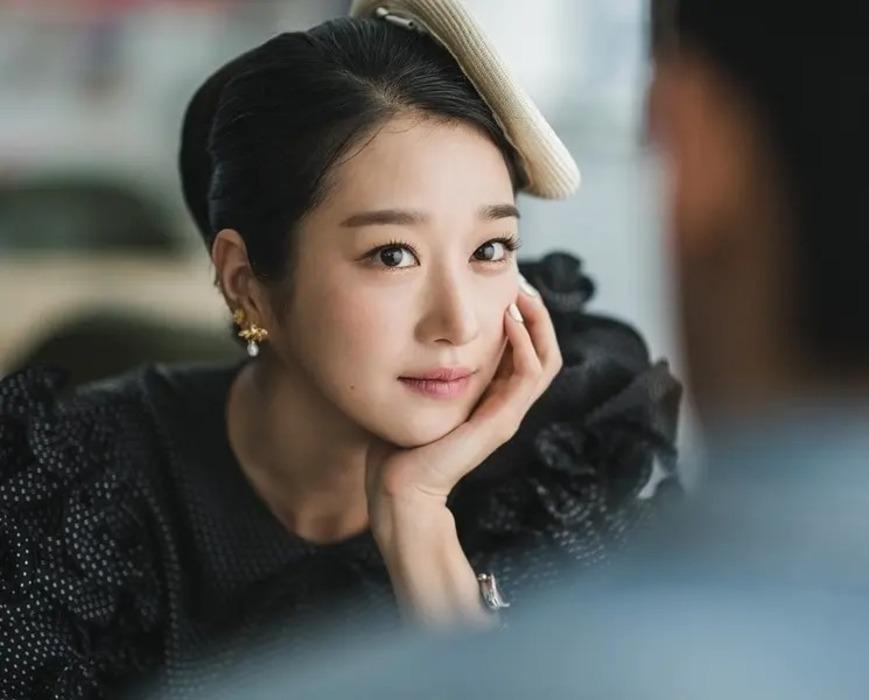 Mỹ nhân Điên thì có sao Seo Ye Ji lộ ảnh cũ khác xa một trời một vực-3