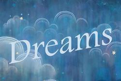 5 giấc mơ báo hiệu bạn sắp giàu to, mua nhà sắm xe, tiền tiêu không hết