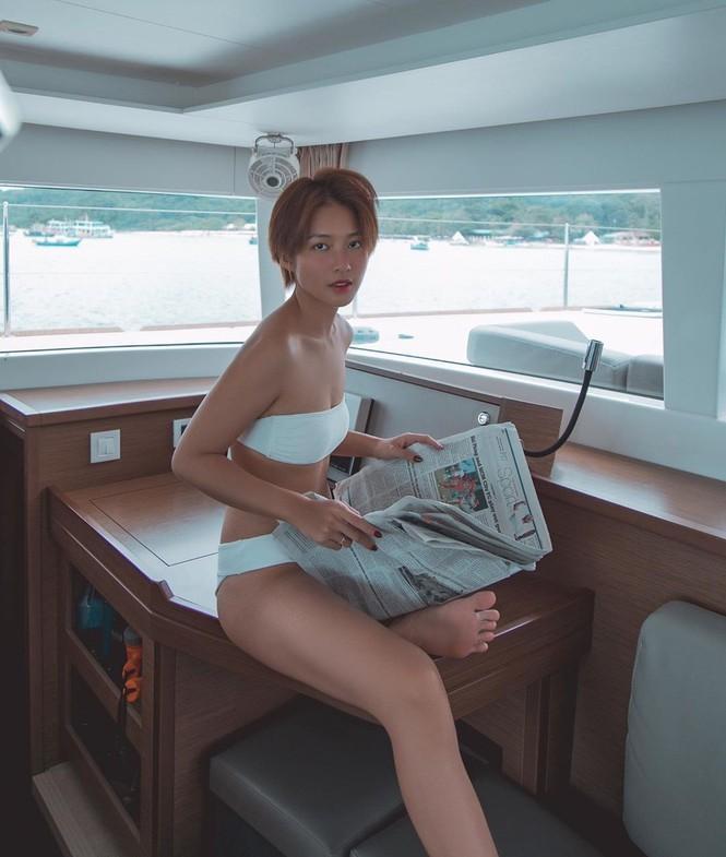Từ khi cắt tóc ngắn, Khả Ngân liên tiếp khoe ảnh sexy đến lạ với bikini và nội y-1